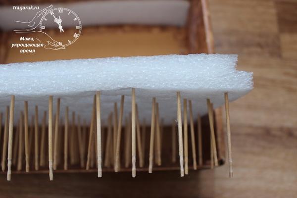Мастерим своими руками органайзер для ниток из зубочисток